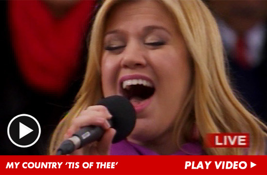 0124-my-country-kelly-clarkson