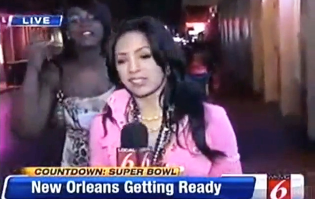 Reporter Burns Drunk News Crasher with STD Question
