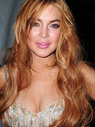 Lindsay Lohan Blows Into New York Fashion Week