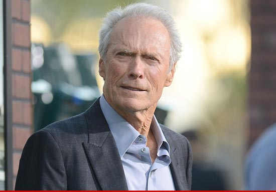 El 'SWATing' se cobró otra víctima: El actor Clint Eastwood