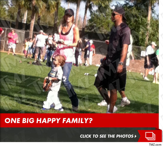 0223-tiger-woods-elin-nordegren-launch-tmz