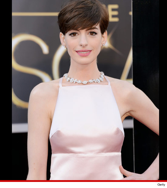 0224_anne_hathaway_getty