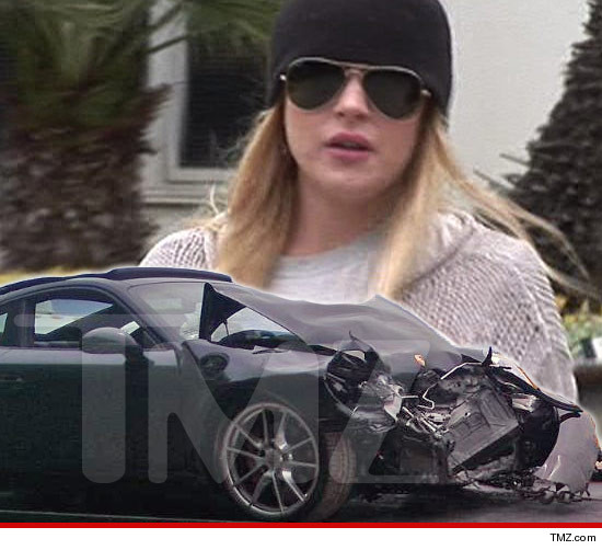 0226-lindsay-lohan-crash-tmz