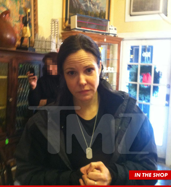 0227-mary-parker-tmz-shop