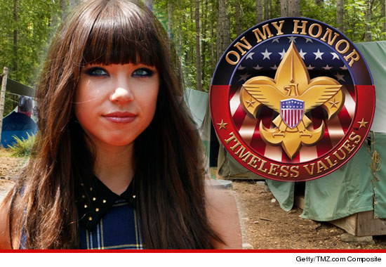 0305_carly_rae_jepsen_boy_scouts_article_getty