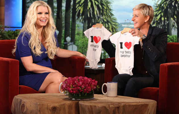 Video: Jessica Simpson Hints at Sex of Baby #2