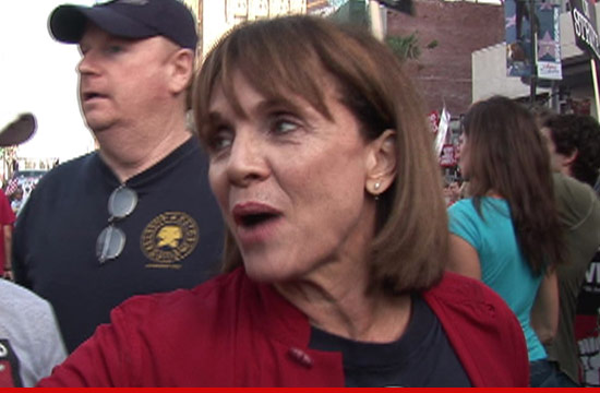 0306_valerie_harper_ipad_article