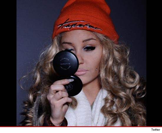 0310_Amanda-Bynes_twitter
