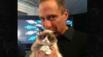 Grumpy Cat PEES on Harvey!
