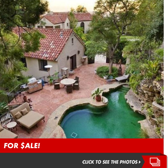 0313_katy_perry_house_for_sale_launch