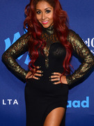 Snooki &amp; Mama June Flaunt Weight Loss on Same Red Carpet