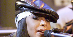 Aaliyah -- Legal Dogfight Over Dead Singer&#039;s Music