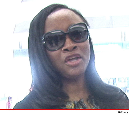 0326-pat-houston-tmz