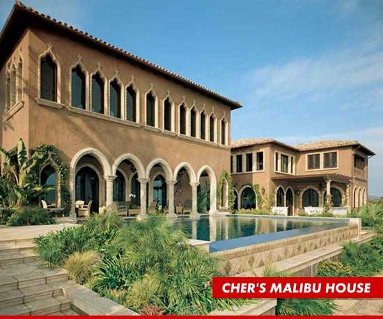 0326_subasset_chers_malibu_house