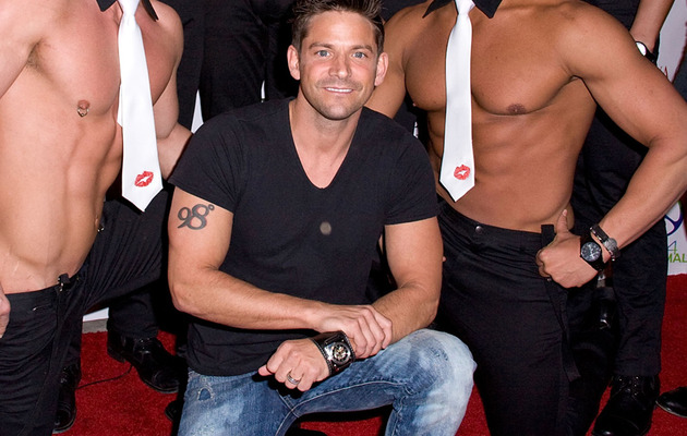 "Video: 98 Degrees' Jeff Timmons & ""Men of the Strip"""
