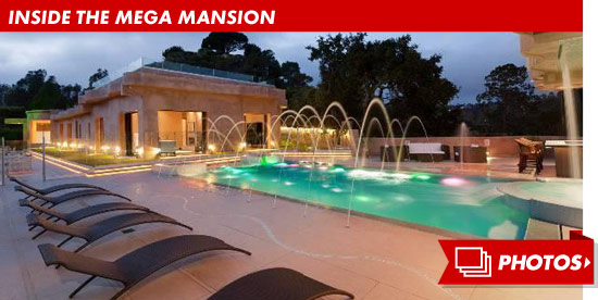 0404_rihanna_mega_mansion_footer_v2