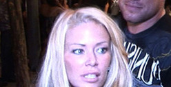 Jenna Jameson Accuser: &#039;She Beat Me With A Brass-Knuckle iPhone&#039;