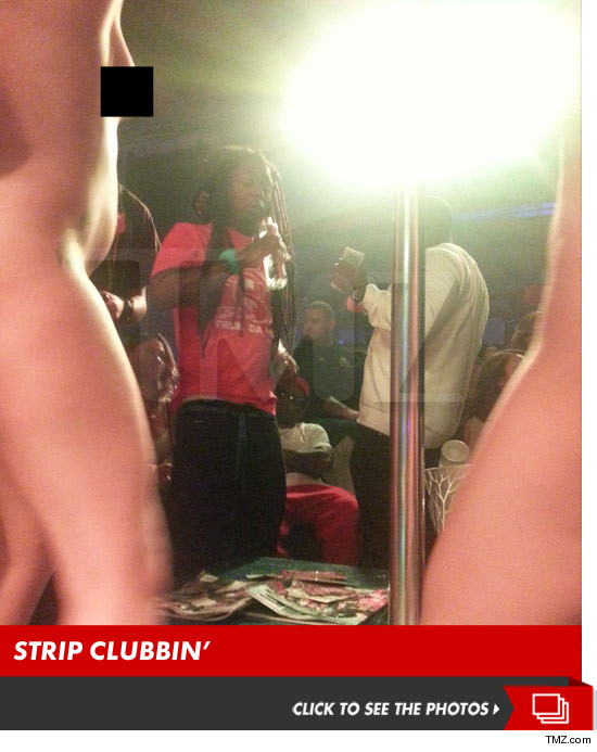 0411_lil_wayne_strip_club_launch