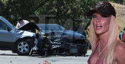 Kendra Wilkinson Car Accident -- PHOTOS