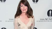 "Lara Flynn Boyle Resurfaces for ""Wayne's World"" Reunion"