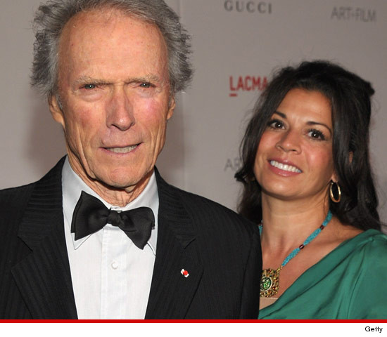 0424-clint-eastwood-dina-getty