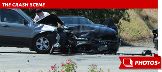 0425_kendra_wilkinson_crash_scene_footer_v2