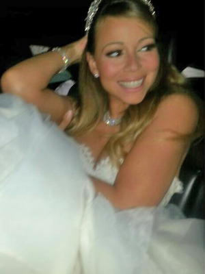 Mariah Carey & Nick Cannon Close Down Disney for Vow Renewal