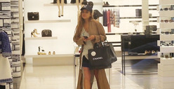 Lindsay Lohan Hits Chanel -- I NEED MY FIX BEFORE REHAB!!