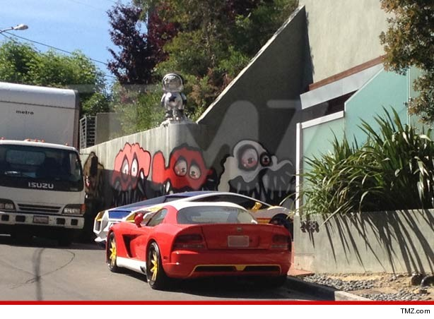 0503_chris_brown_house_tmz_article