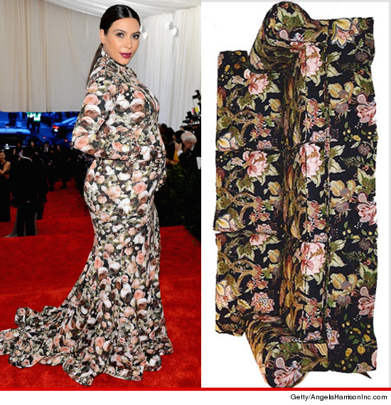 0507_kim_kardashian_floral_couch