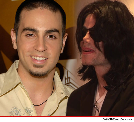 0507-WADE-ROBSON-michael-jackson