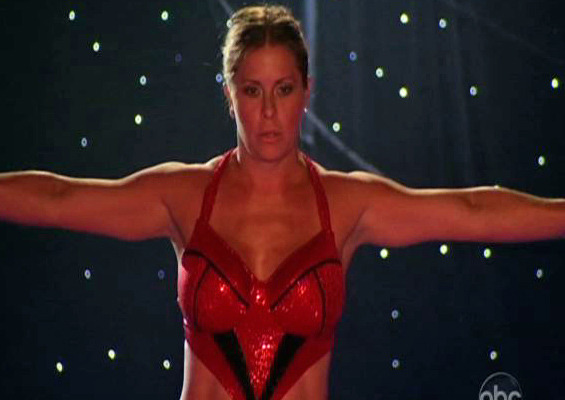 "Video: See the Dive that Hospitalized Nicole Eggert on ""Splash"""