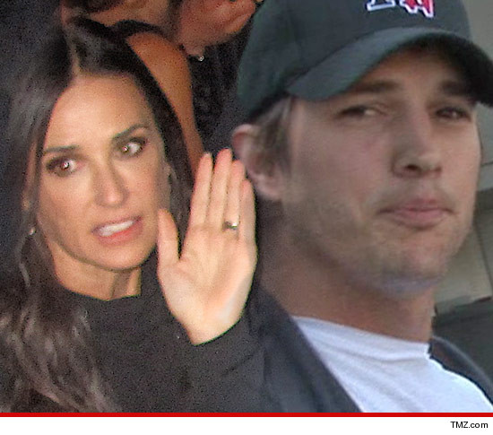 0515-demi-moore-ashton-kutcher-tmz