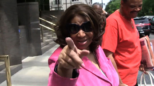 Aretha Franklin to Kim Kardashian -- Babies Belong at Home, NOT ON TOUR!!!
