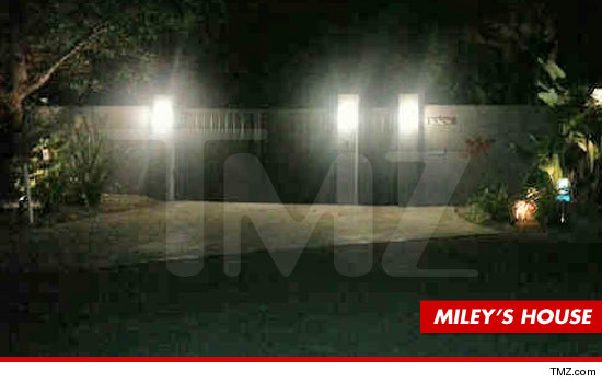 0518-miley-cyrus-house-tmz