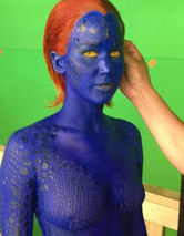 Jennifer Lawrence Naked &amp; Blue on Set of &quot;X-Men&quot; Sequel