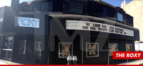 0520-tmz-the-roxy