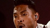 Miguel -- Billboard Music Awards Producers NEVER Warned Me About Crowd Jump