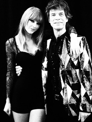 Video: Taylor Swift Duets with Rolling Stones in Concert!