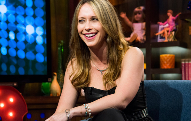 Pregnant Jennifer Love Hewitt Engaged to Brian Hallisay
