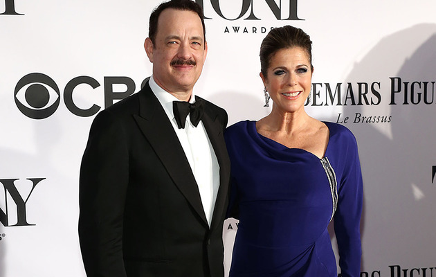 Tom Hanks Snaps Pictures of Rita Wilson's Behind on Red Carpet!