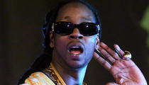 2 Chainz ARRESTED -- Drugs at LAX ... As In Sizzurp