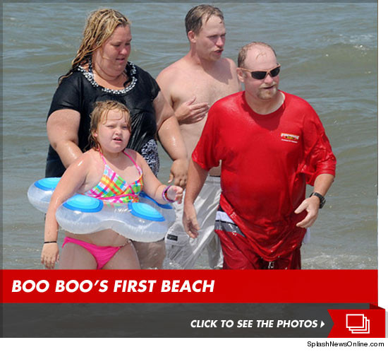0611_mama_june_honey_boo_boo_beach_sub_launch_splash_article