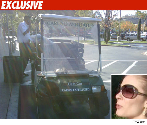 LeAnn Rimes Involved in One-Cart Accident