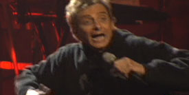 082506-barry-manilow