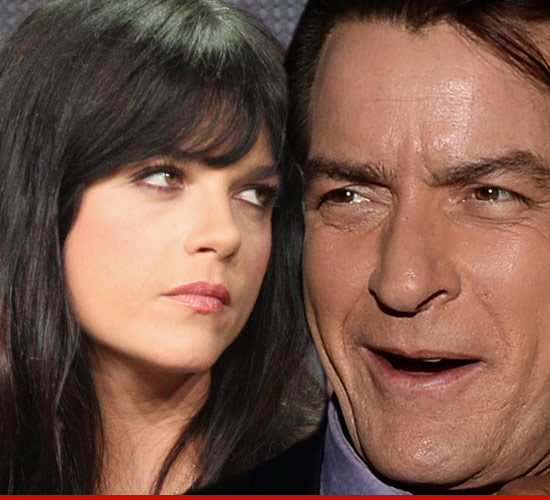 0618_selma_blair_charlie_sheen_Article