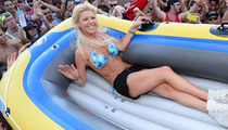 Tara Reid Flaunts Bikini Bod In Las Vegas