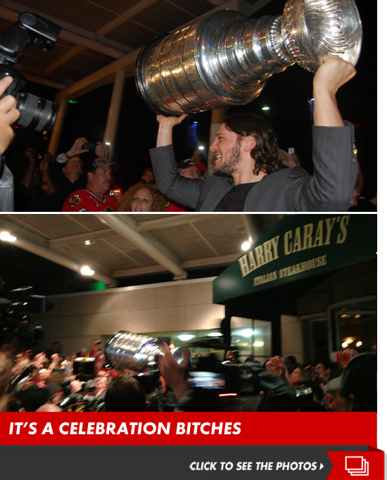 0625_blackhawks_celebration_launch_v3