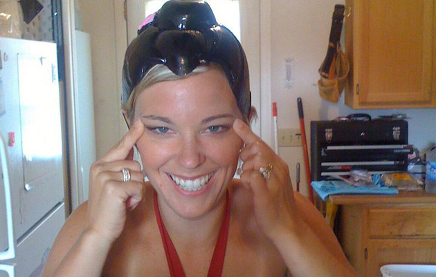 """Kate Gosselin on """"Racist"""" Photo -- """"This Was a Happy Memory"""""""