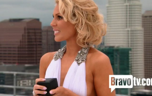 "Gretchen Rossi Proposes to Slade Smiley in ""Real Housewives"" Preview!"